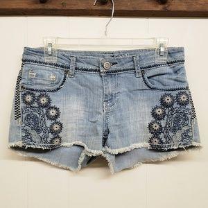 Like New! Blue Jean Shorts w/ Decorative Stitching